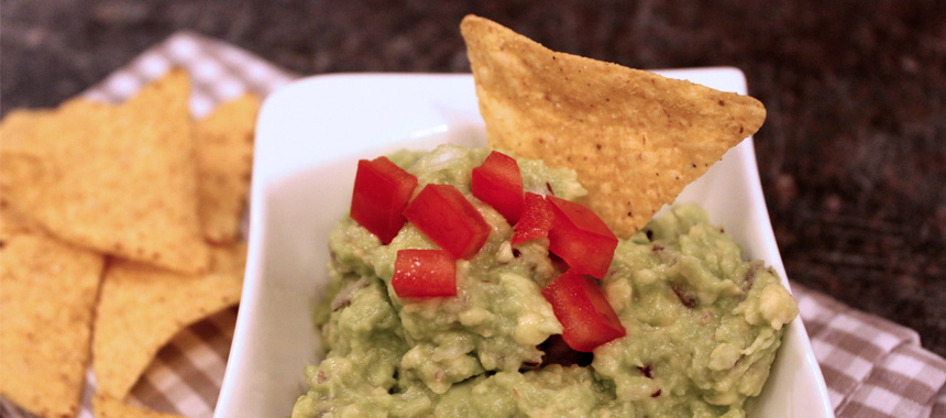 guacamole homemade avocadocreme koch mit. Black Bedroom Furniture Sets. Home Design Ideas